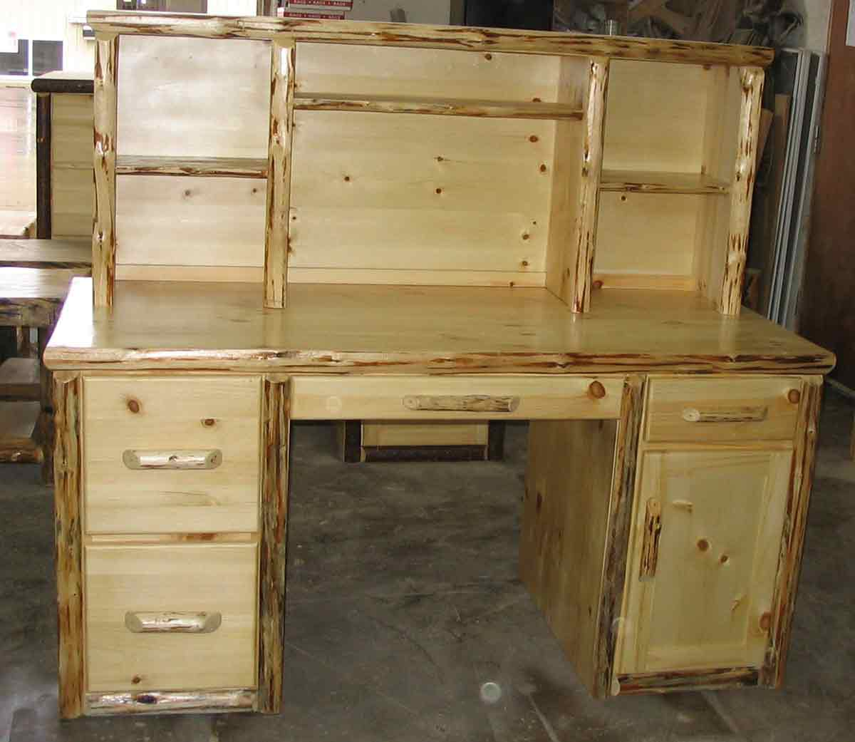 Log Desk Rustic North Idaho Furniture